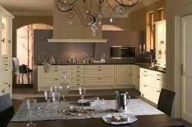 cuisine mur taupe meuble cuisine beige cuisine taupe meuble cuisine beige couleur