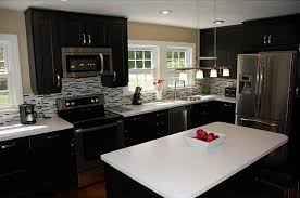 Kitchen Cabinet Solid Surface Traditional Kitchen With U Shaped U0026 Undermount Sink In North
