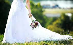 cleaning a wedding dress cost wedding dress cleaning cost wedding ideas