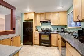 cuisine bouleau intérieur en bois léger américain de cuisine image stock image du