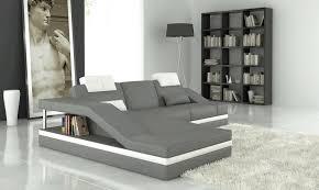 canapé angle gris blanc canapé d angle en cuir italien 5 places elvir gris clair et blanc
