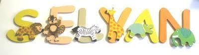 lettre porte chambre bébé lettres en bois thème les animaux de la jungle décoration