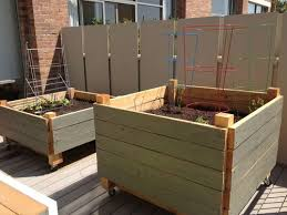 Raised Planter Beds by Few Bits Easy Diy Raised Garden Bed On Wheels Tutorial Making