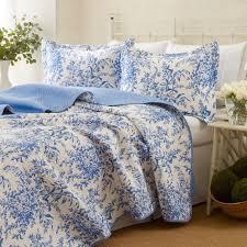 quilt bedding sets blue lustwithalaugh design treatment quilt