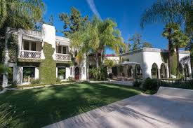 buy home los angeles cher u0027s onetime los angeles estate asks 85 million wsj