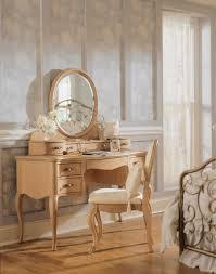 Jessica Mcclintock Dining Room Furniture Lea Jessica Mcclintock Vintage Vanity Furniture 402 266 At