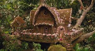 file tree house jpg image treehouse in chipwrecked jpg alvin and the chipmunks wiki