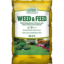 expert gardener 15 000 square feet weed and feed lawn fertilizer
