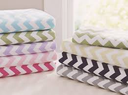 Sheets For Crib Mattress S Guide 2018 Finding The Best Crib Sheets For Comfy Safe Sleep