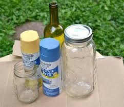a simple step by step diy guide to spray painting mason jars