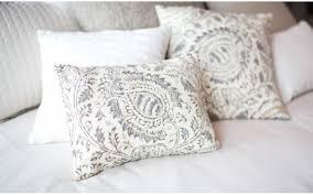 bedding throw pillows pillows
