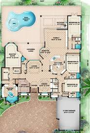 house plans with extra large garages 44 best dual master suites house plans images on pinterest