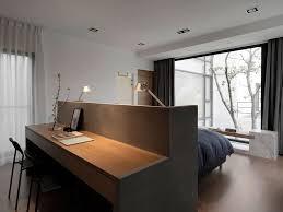 schreibtisch im schlafzimmer schlafzimmer entwurfs idee ein schreibtisch errichtet in die