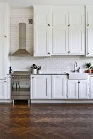Glass Subway Tiles For Kitchen Backsplash Backsplash Subway Tile White Kitchen White Subway Tile Kitchen