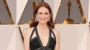 julianne moore to be honored at 2017 moma film benefit hollywood