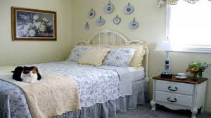 country cottage style bedroom french country cottage bedroom
