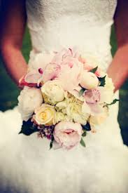 wedding flowers ta 65 best bruidsboeket pastel images on bridal bouquets