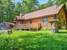 Backyard Cabin by 3br Tobyhanna Log Cabin W Majestic Backyard Homeaway Tobyhanna