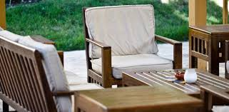 How To Clean Outdoor Patio And Deck Furniture Todays Homeowner - Wood patio furniture