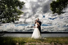 day of wedding coordinator 5 reasons to hire a day of wedding coordinator coeur d alene