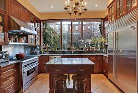sonja morgan u0027s 5 story nyc townhouse is on the market real