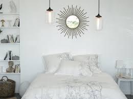 chambre avec miroir chambre avec miroir au dessus de la tête de lit inspiration dco