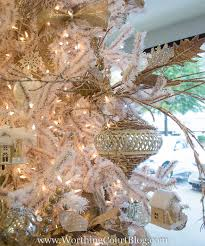 step by step tree decorating directions from the pros