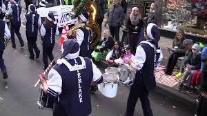 interlake high school marching band in the 2016 seattle macy s day