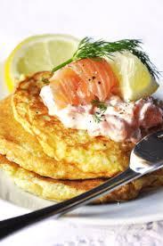 la cuisine de nathalie blinis au saumon fumé et aneth recette facile la cuisine de