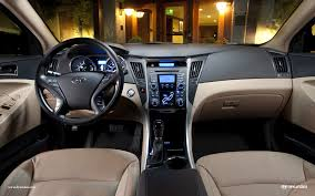 2011 Sonata Interior The Electro Glide Of Hybrids The 2011 Hyundai Sonata Hybrid