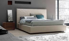 Modern Italian Bedroom Furniture Modern Italian Bedroom Set In Leather With Nightstands And Dresser