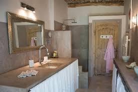 chambre d hote cucuron chambres d hôtes domaine la parpaille chambres d hôtes cucuron