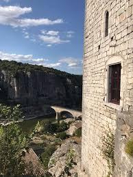 chambre hote balazuc vue sur l ardèche et le pont de balazuc photo de château de