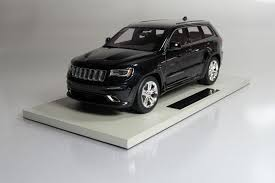 black jeep grand cherokee top marques collectibles jeep grand cherokee srt8 1 18 black top16c