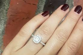 ritani reviews how to buy an engagement ring 8 tips to make sure they say yes