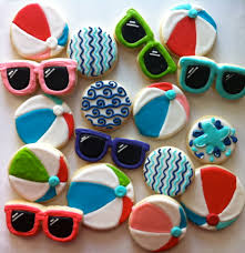 summer beach ball and sunglasses cookies hayleycakes and cookies