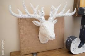 diy deer decor idea for the holidays crafts unleashed