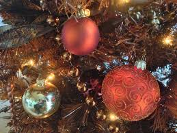 christmas decorations a guide to stress free decorating
