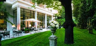 palazzo parigi hotel u0026 grand spa vs four seasons tripexpert