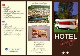 contoh desain brosur hotel media promosi