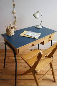chaise vintage enfant atelier petit toit le bureau vintage de mahaut et sa chaise aux