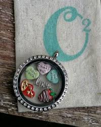 create your own necklace visit www laceyromines origamiowl to design your custom living