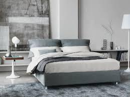 Schlafzimmer Dunkle M El Wandfarbe Schlafzimmer Modern Gestalten Graue Wandfarbe Pendelleuchten Holz