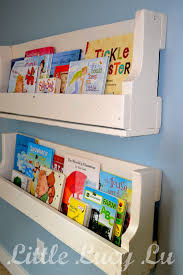 wall bookshelves made out of a wooden pallet i know what to