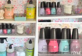 Organize Medicine Cabinet Update Your Medicine Cabinet With Mrs Meyer U0027s Clean Day