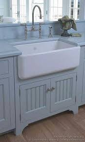 Viewing Album CHARMING  TRADITIONAL - Shaw farmhouse kitchen sink