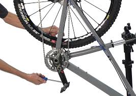pedal installation and removal park tool