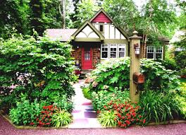 Garden Shrubs Ideas Bohemian Style House With A Lush Front Yard Landscape Garden