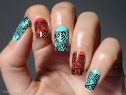 12 geometric nail designs for that basic approach to nails