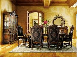 Tuscan Dining Room Victorian Style Dining Room With Damask Wallpaper With Hanging
